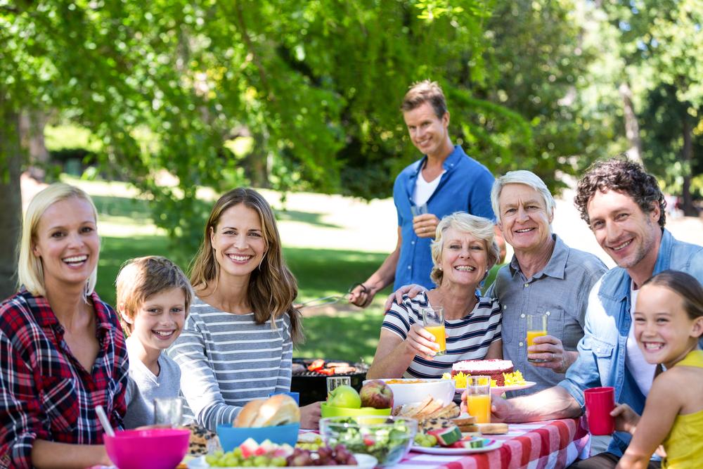 family reunion - how to organize a family reunion